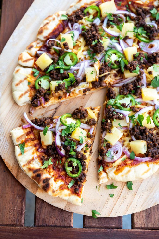 Grilled BBQ Lentil Pizza