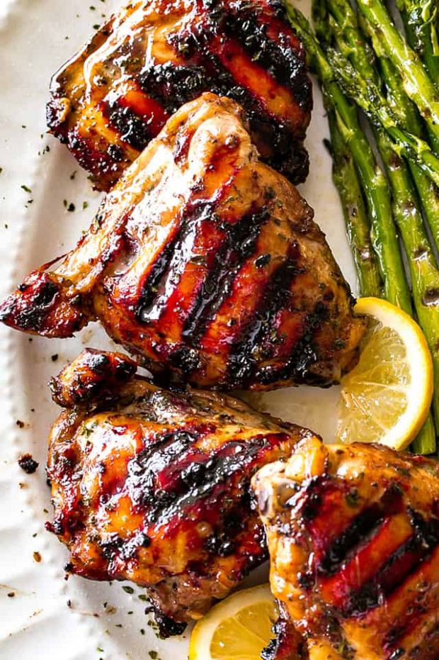 Grilled Chicken Thighs with Brown Sugar Glaze - Easy ...