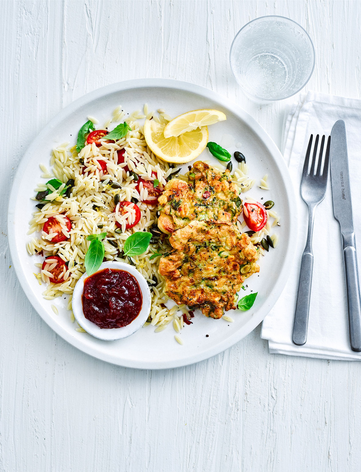 Halloumi fritters with pasta salad