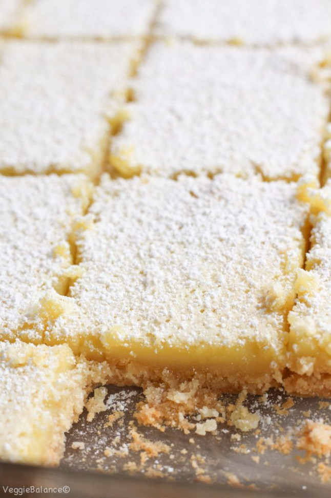 Healthy Lemon Bars recipe made with a almond flour crust ...