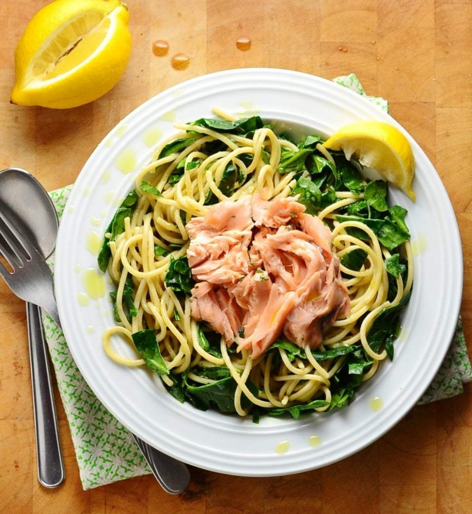 Healthy Quick Salmon Spinach Pasta