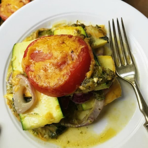Healthy Summer Squash Casserole Recipe - Reluctant Entertainer