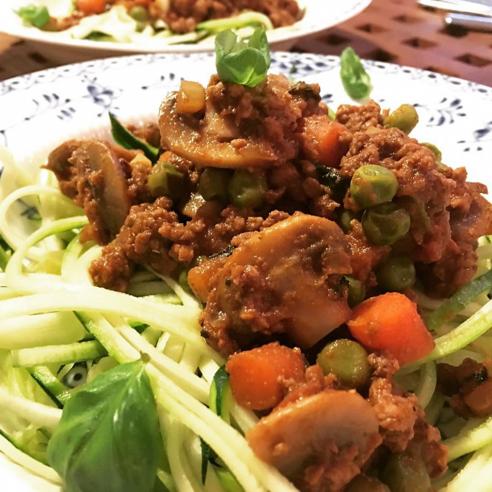Hearty Bolognese #beef #zoodles #bolognese #dinner #dinnerdate #dinnertime #dinnertonight #food #foods #foodie #foodies #foodpic #foodporn #foodgasm #foodlover #foodstagram #foodpics #foodphotography #instafood #ilovefood #recipe #recipes #reci#RecipesOfT