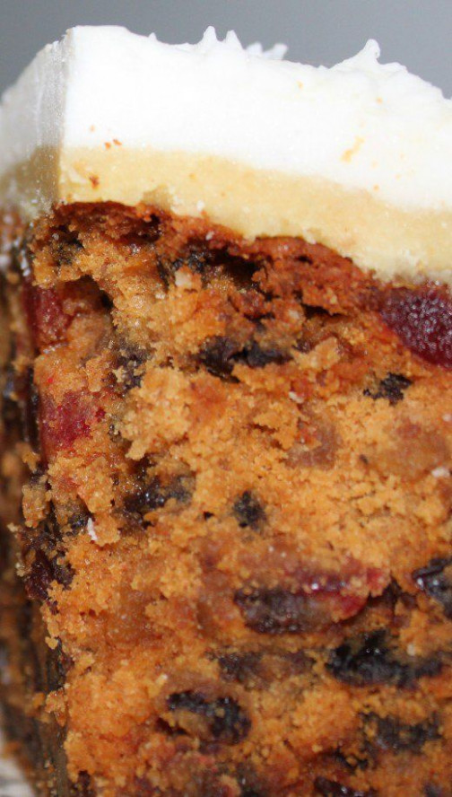 How to Make an Easy Classic Fruitcake for Christmas ...