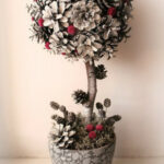 Ideas Christmas Topiary | GOOD HOUSE WIFE