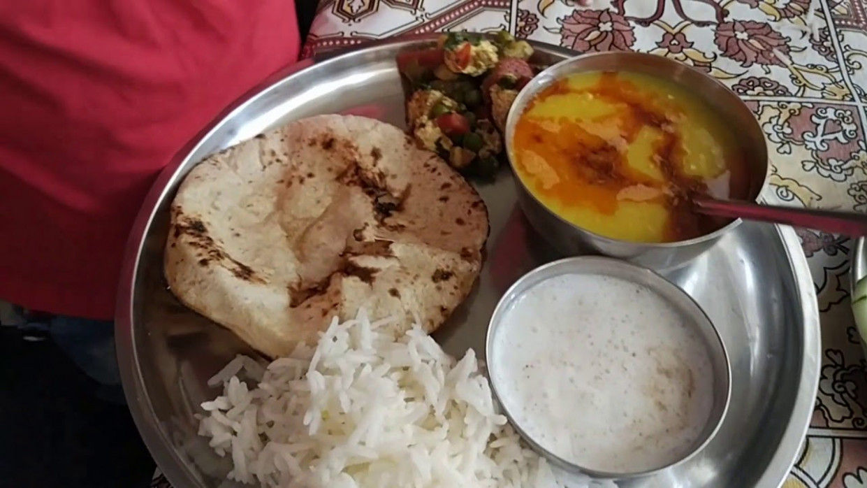 Indian Woman Lunch To Dinner Routine 2018 In Hindi / Veg …