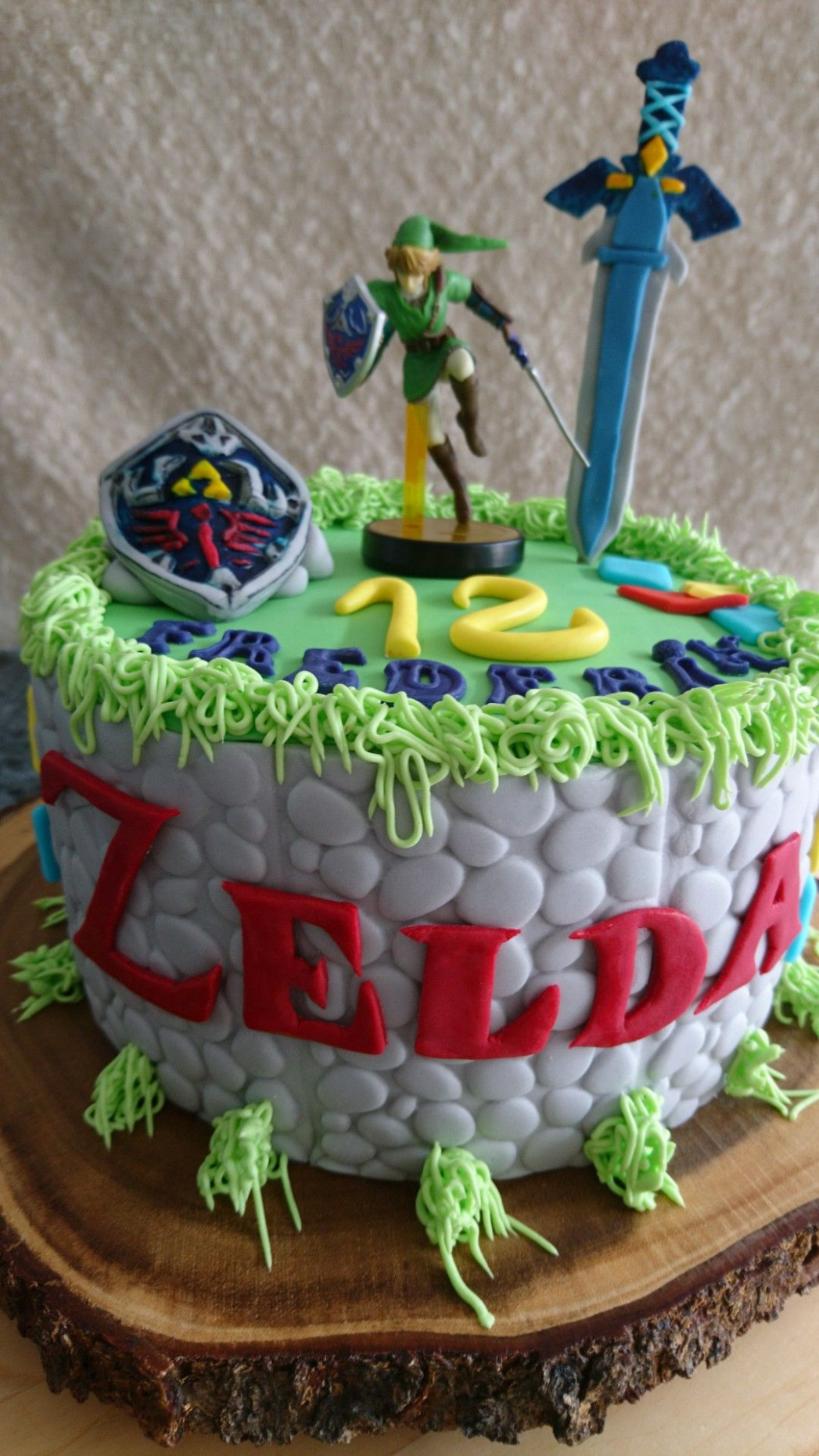 Legend of Zelda cake | Food & Drink in 2019 | Zelda ...