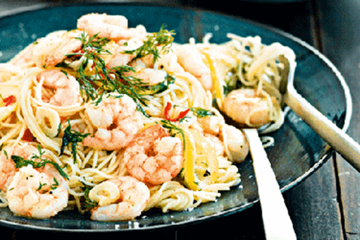 Lemon, chilli and garlic prawns with angel hair pasta ...