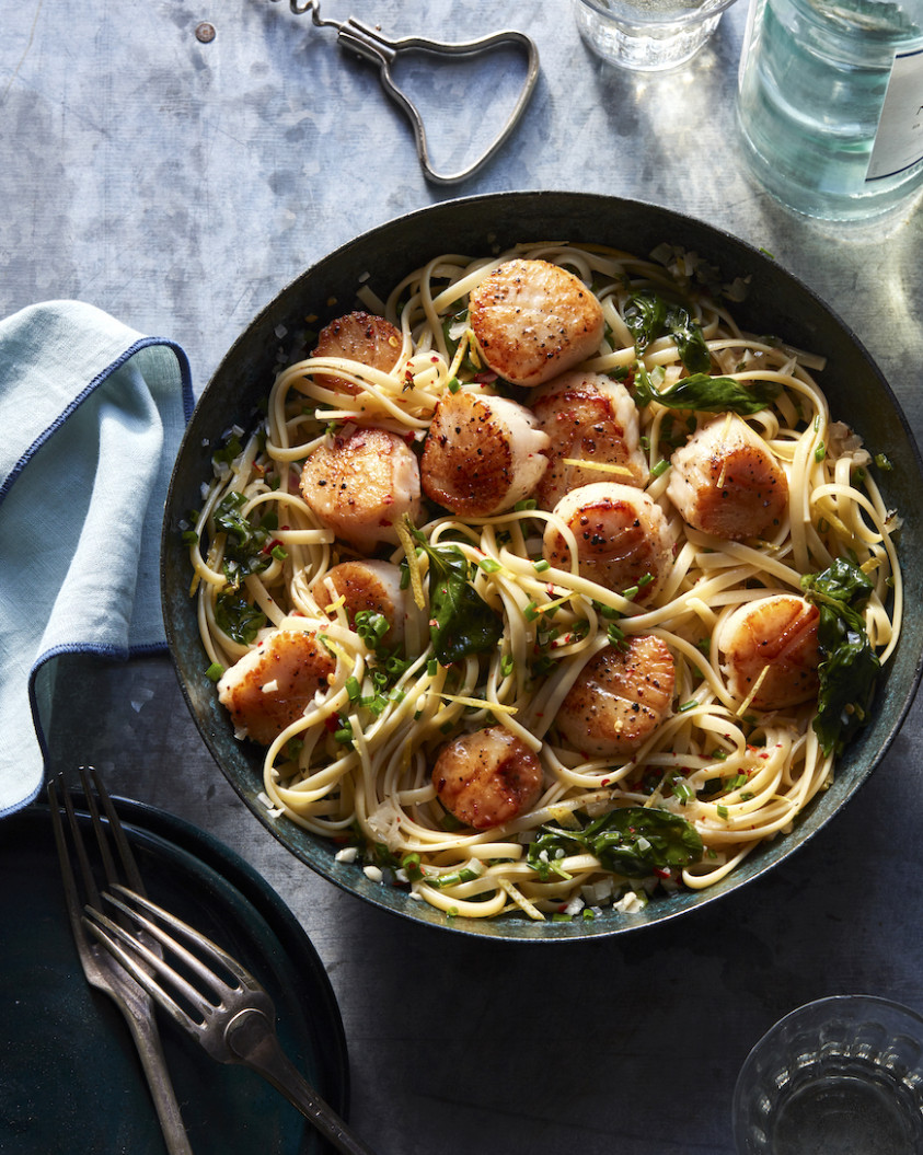 Lemon Garlic Scallop Pasta