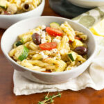 Lemony Greek Pasta Salad With Zucchini + Fresh Herbs – Oat …