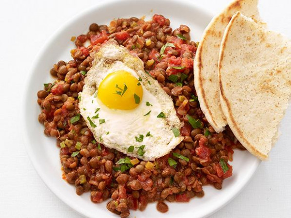 Lentils with Fried Eggs Recipe | Food Network Kitchen ...