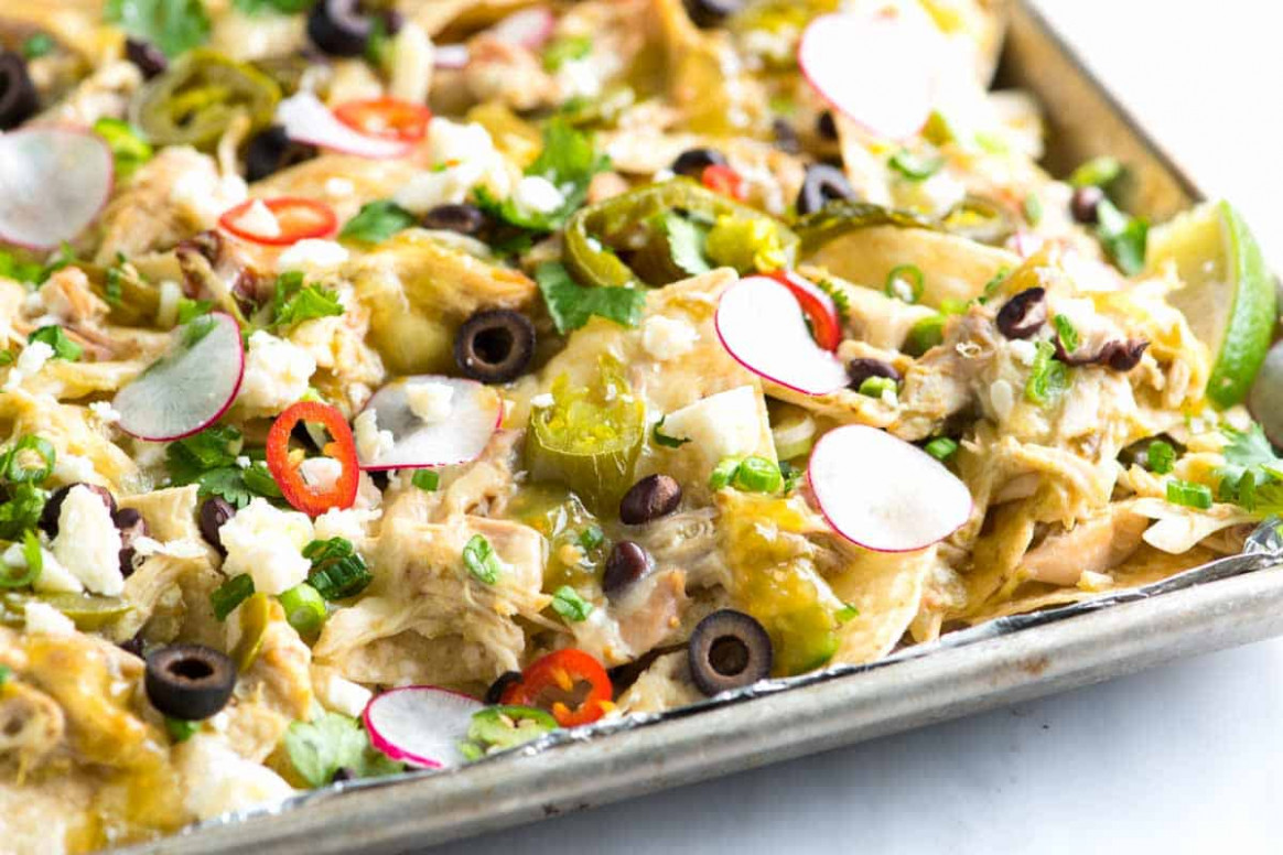 Loaded Salsa Verde Chicken Nachos Recipe