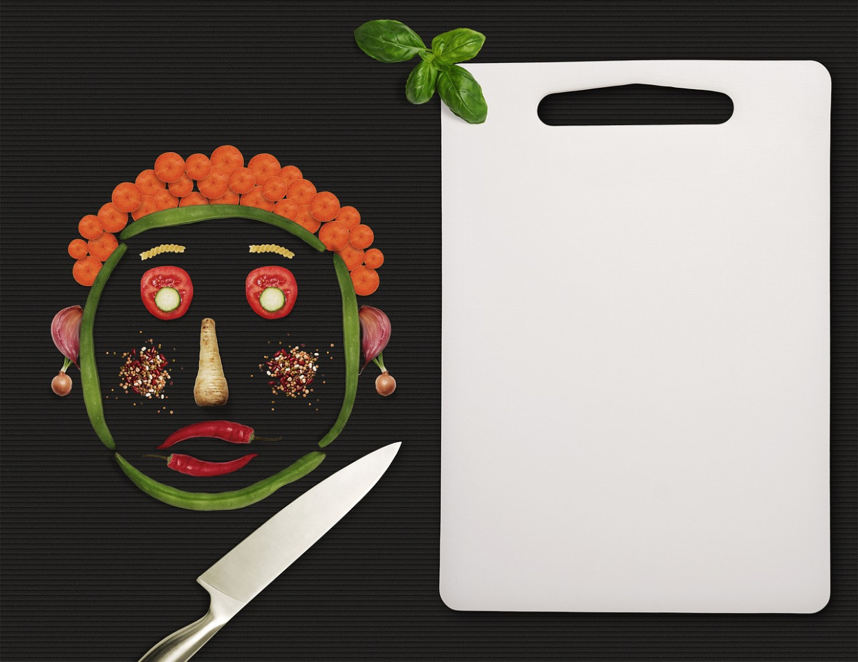Menu, Vegetables, Knife, Board, Face