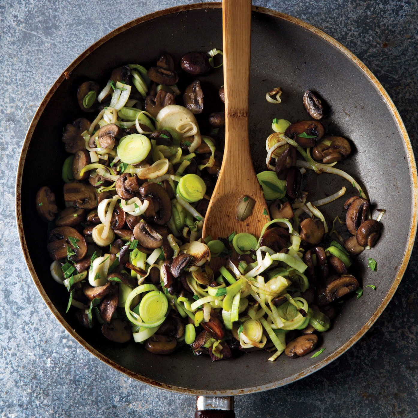 Mushroom And Leek Sauté recipe | Epicurious