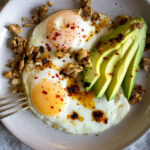 My Go To 5 Minute High Protein Breakfast – Sprinkle Of Green