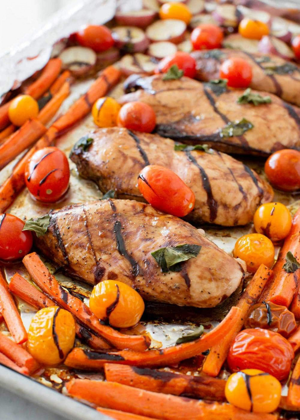 One Pan Balsamic Chicken and Veggies - I Heart Nap Time
