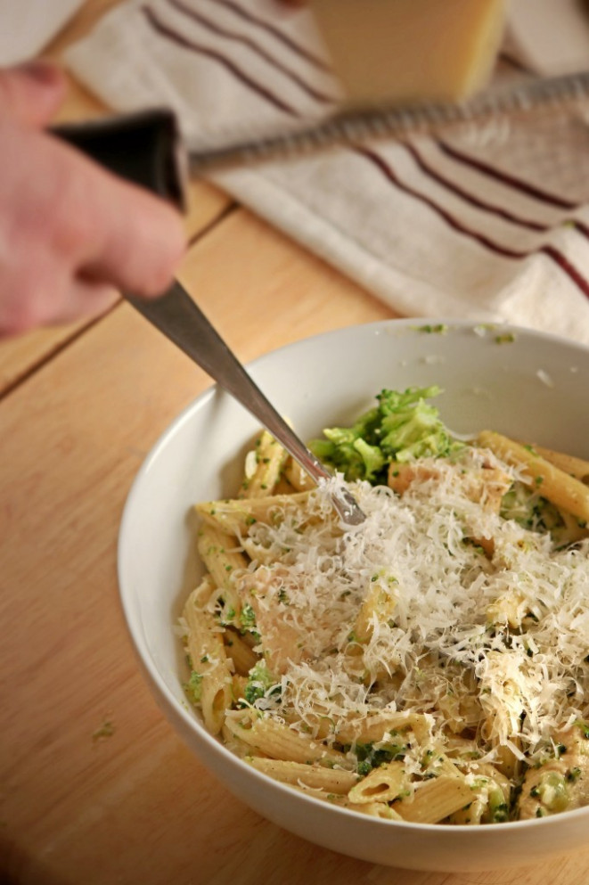 One-Pot Chicken Broccoli Ziti