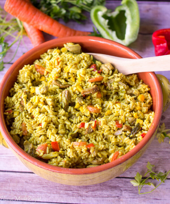 One Pot Cuban Yellow Rice (with Chicken and Sausage ...