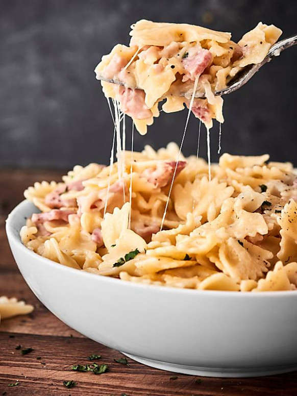 One Pot Ham And Cheese Pasta Recipe – W/ Leftover Holiday Ham