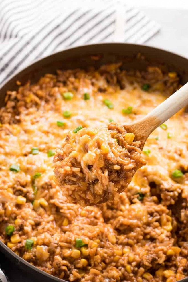 One Pot Mexican Rice Casserole - The Salty Marshmallow