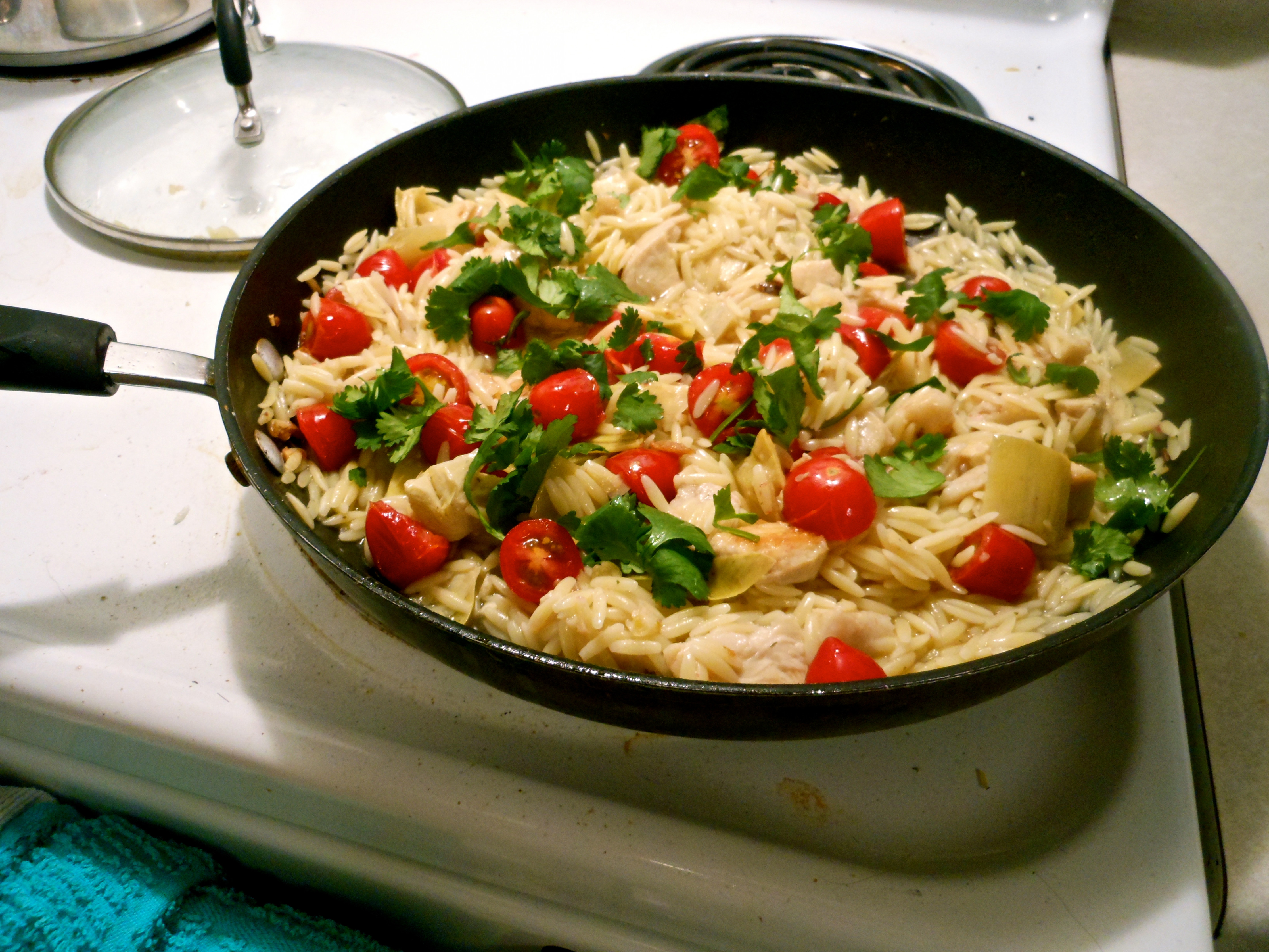 orzo pasta with artichokes and tomatoes | tiffany blue eyes