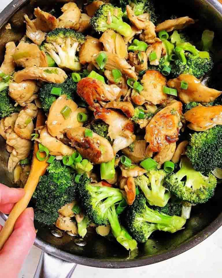 Paleo Chicken and Broccoli Stir-Fry (Whole30, Keto, Low ...