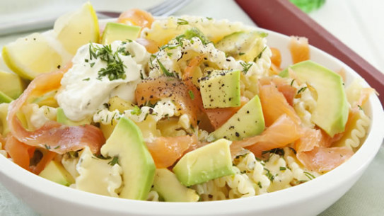 Pasta with Avocado & Salmon · Avocado.co