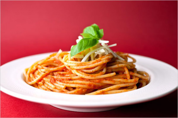 Pasta With Pepper and Tomato Sauce Recipe - NYT Cooking