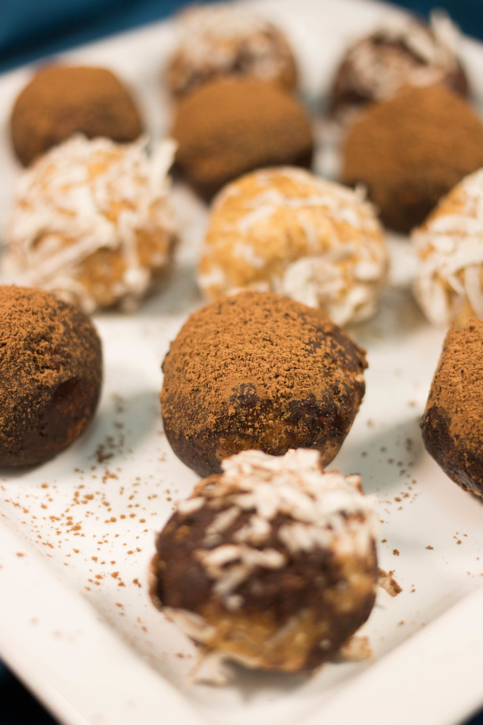 Perfect No Bake Peanut Butter Balls | RecipeLion