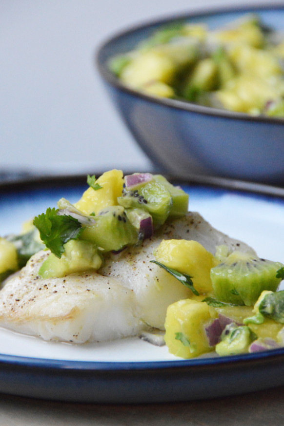 Pineapple Avocado Salsa (Perfect Fish Topping!) | Pumps & Iron