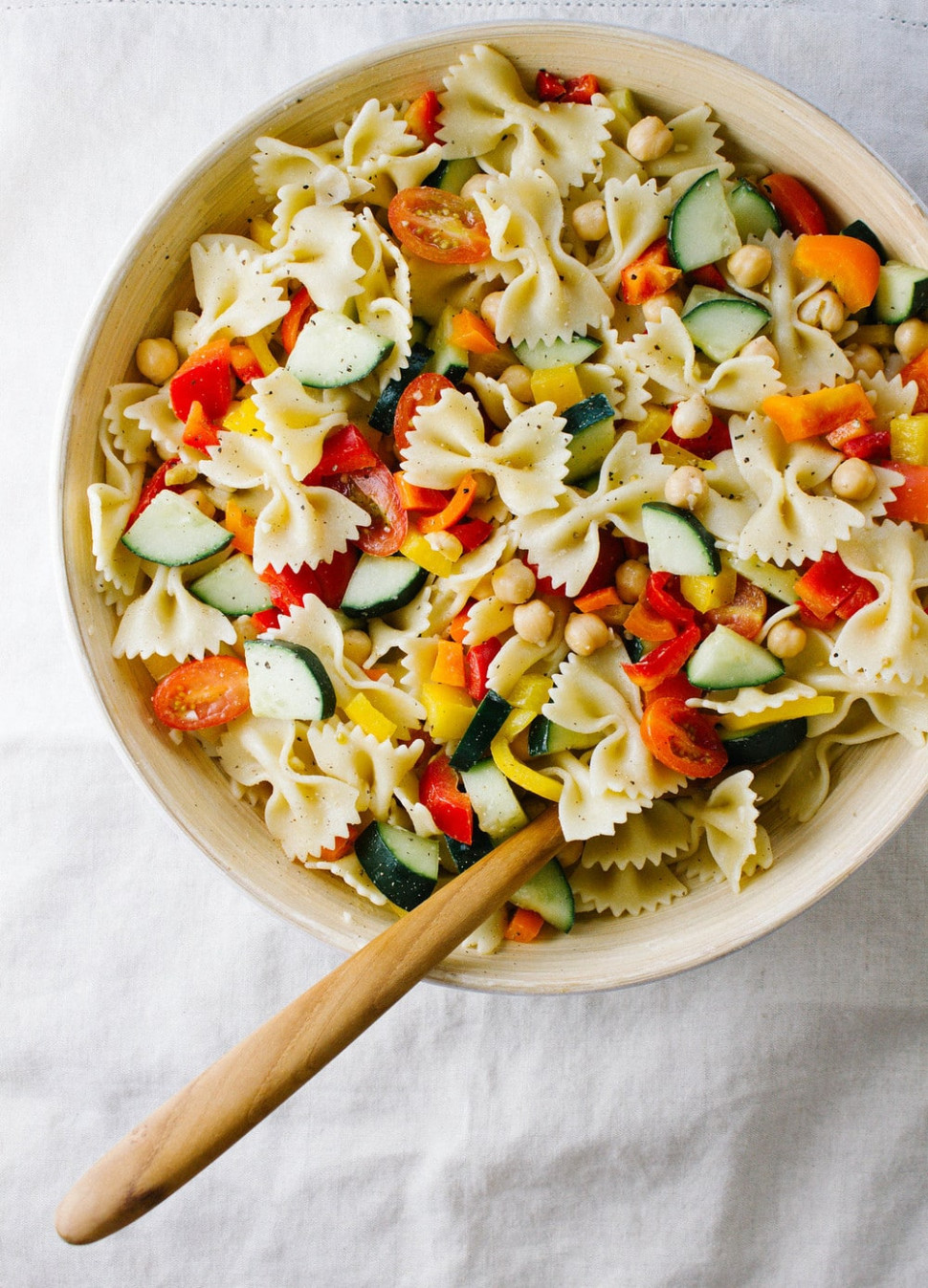 QUICK N' HEALTHY CHICKPEA + VEGETABLE PASTA SALAD - THE ...