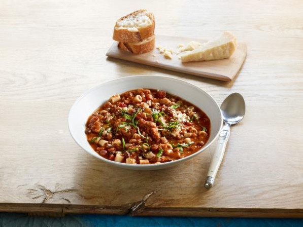 """16 Bean"" Pasta E Fagioli Recipe 