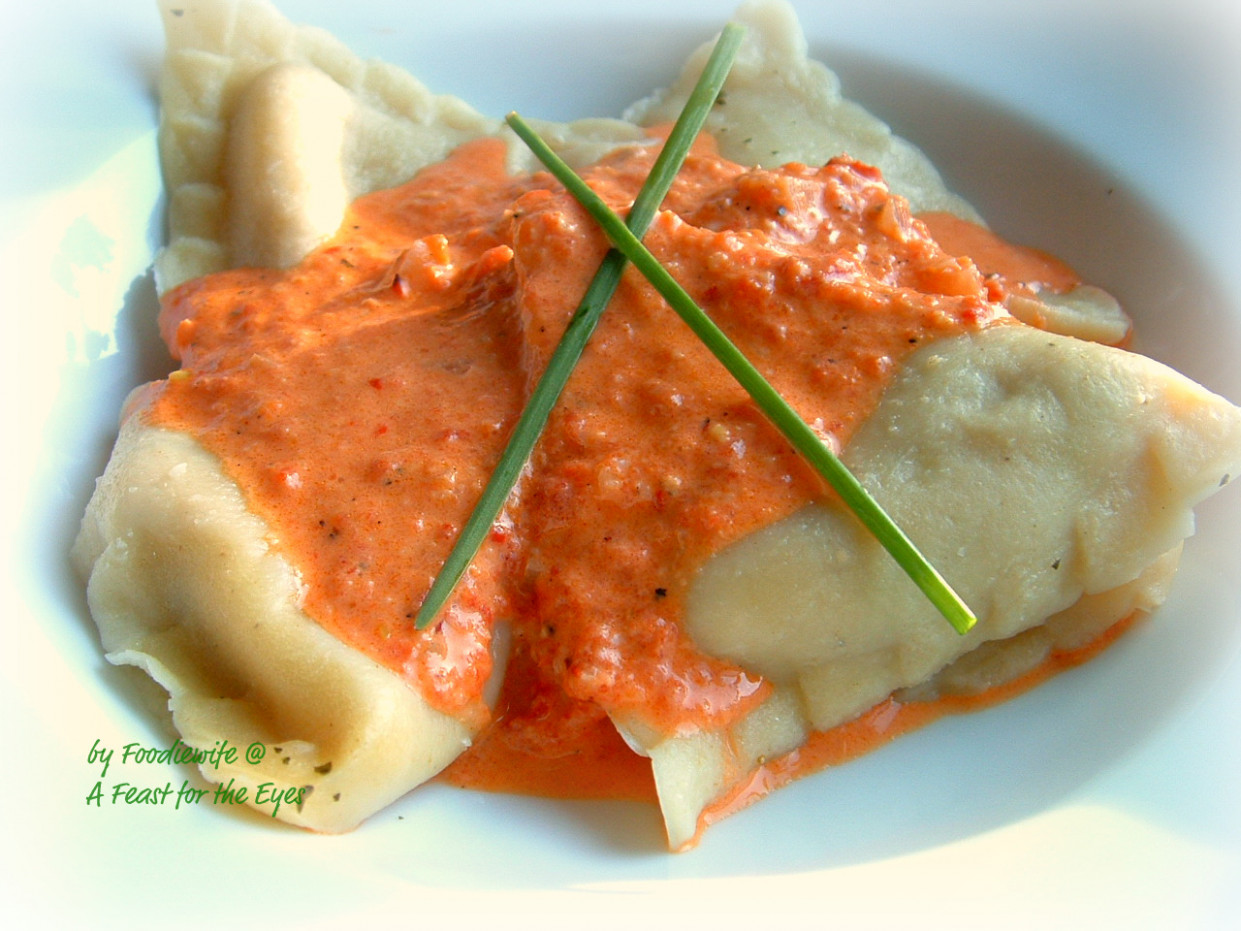 Ravioli with Roasted Red Pepper Sauce, adapted from the ...