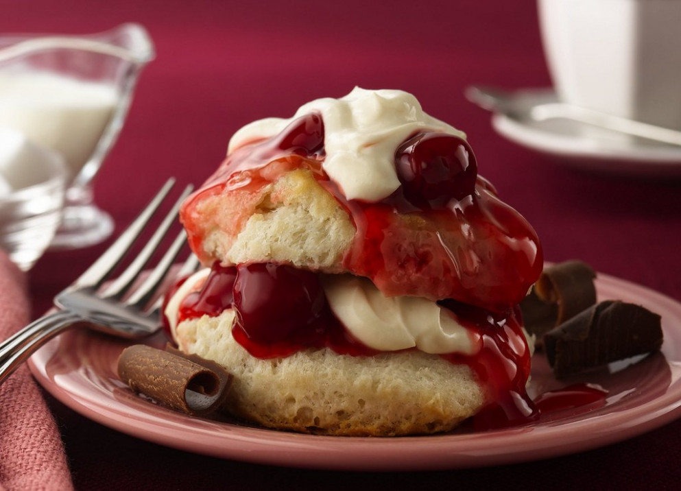 Recipe: Cherry Valent Shortcakes