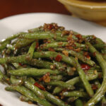 Recipe: Green Beans With Prosciutto And Pine Nuts – LITTLEROCK