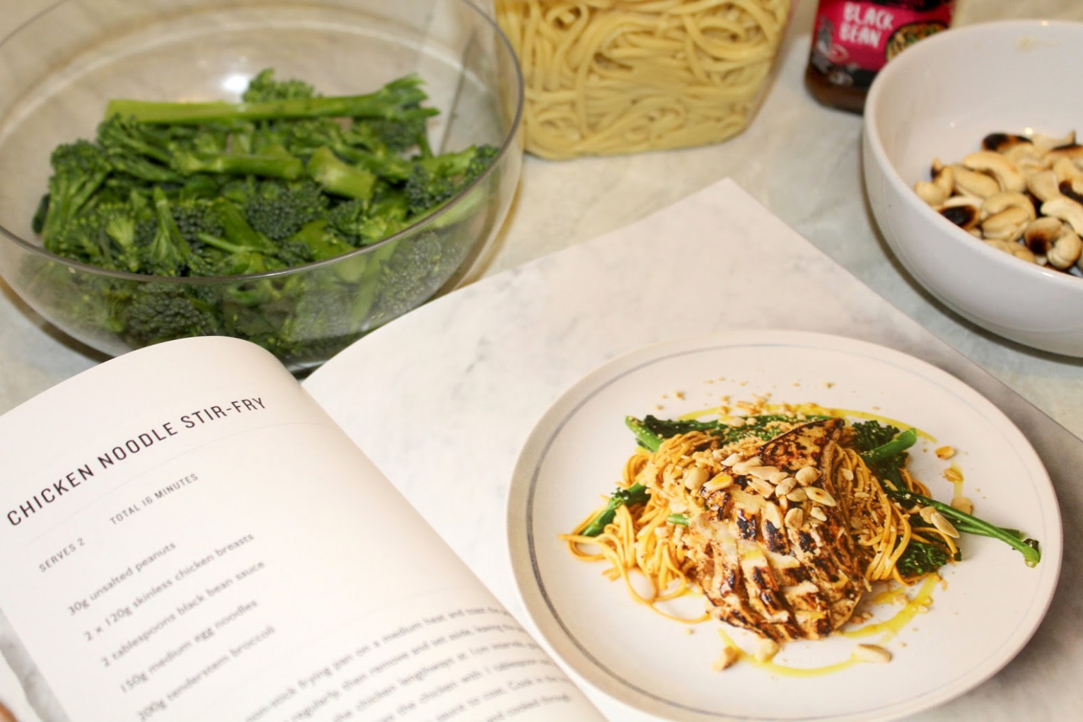Review | Jamie Oliver 5 Ingredients - Quick & Easy Food ...