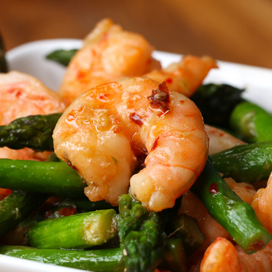Shrimp And Asparagus Stir Fry (Under 10 Calories) Recipe By Tasty