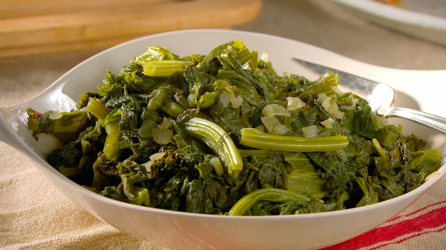 Simmered Mustard Greens Recipe | Martha Stewart