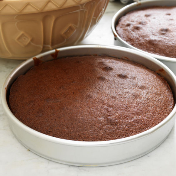 Simple chocolate cake - delicious