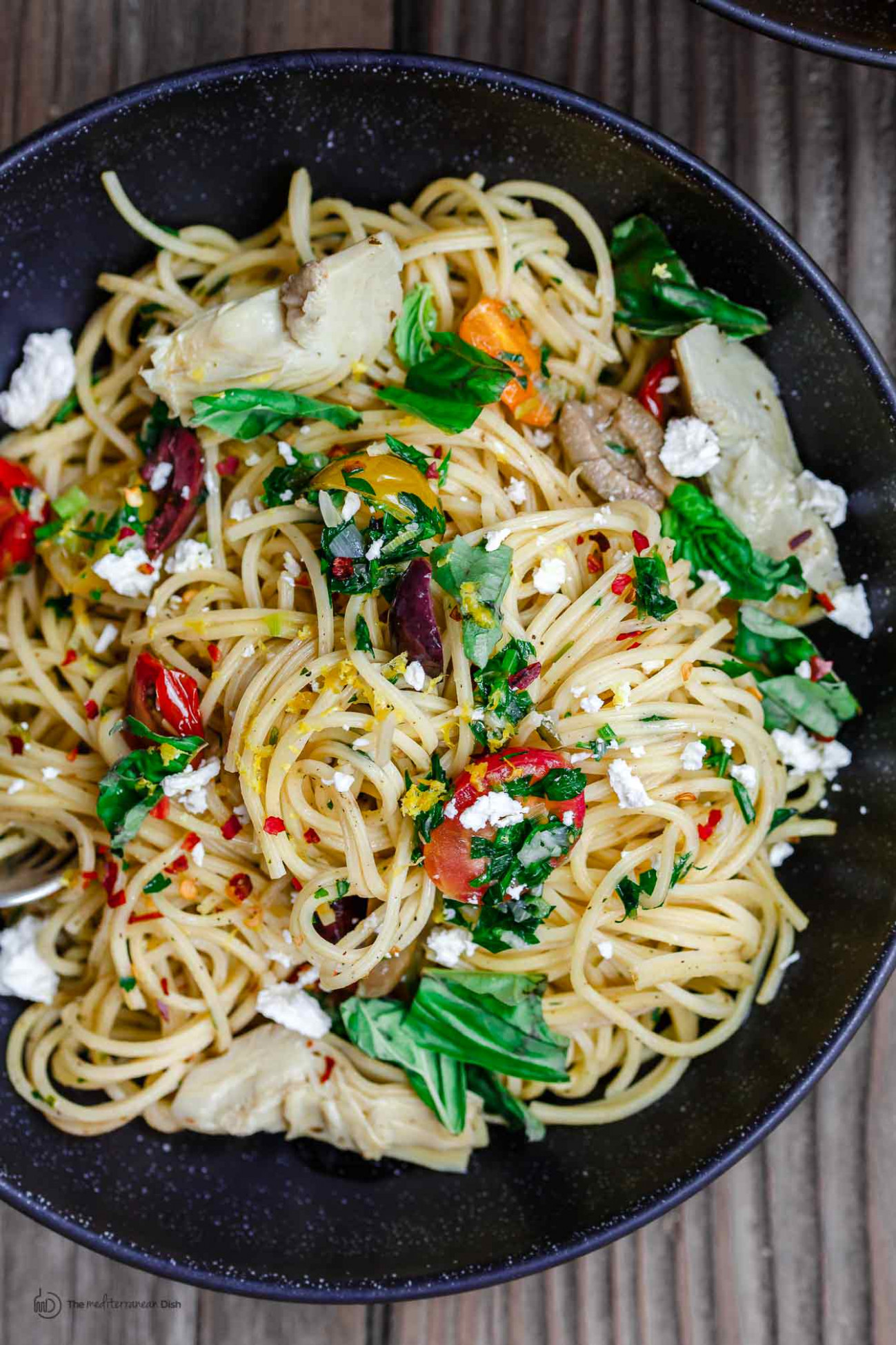 Simple Mediterranean Olive Oil Pasta