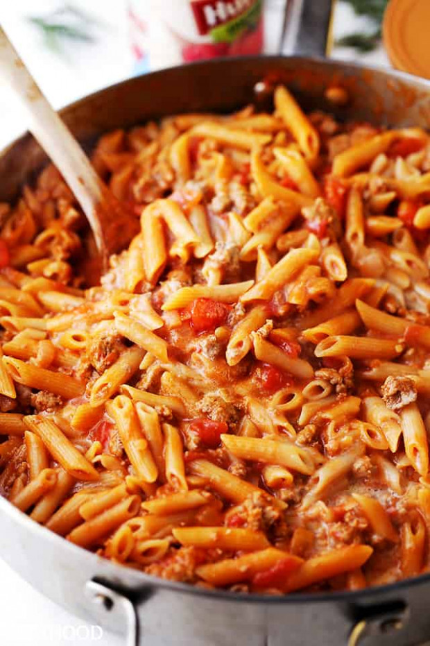 Skillet Baked Gluten Free Pasta with Ground Turkey and ...