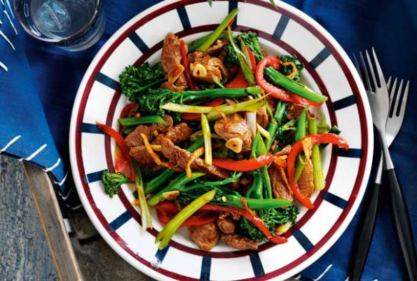 Slimming World's lamb, ginger and broccoli stir-fry recipe ...