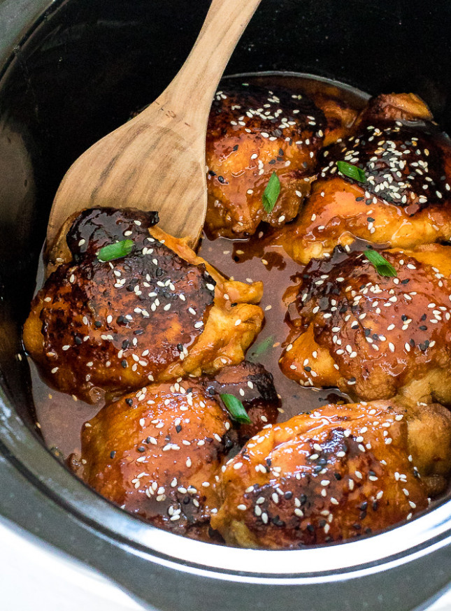 Slow Cooker Honey Sriracha Chicken - Chef Savvy