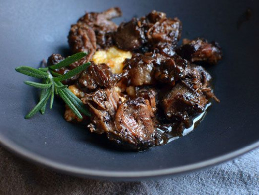 Slow Cooker Peppered Beef Shank in Red Wine | Recipe ...