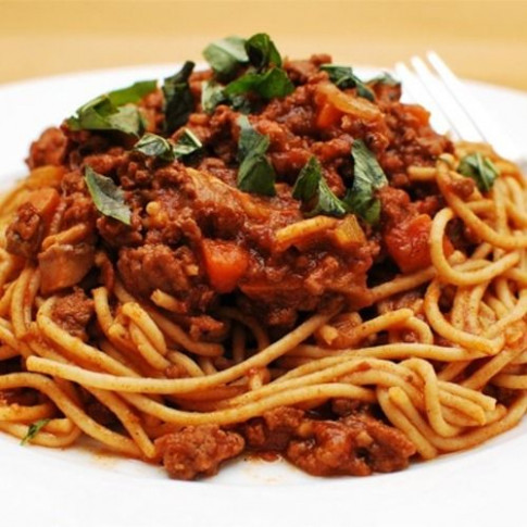 Slow Cooker Spaghetti Bolognese   Recipe in 2019   crafts ...