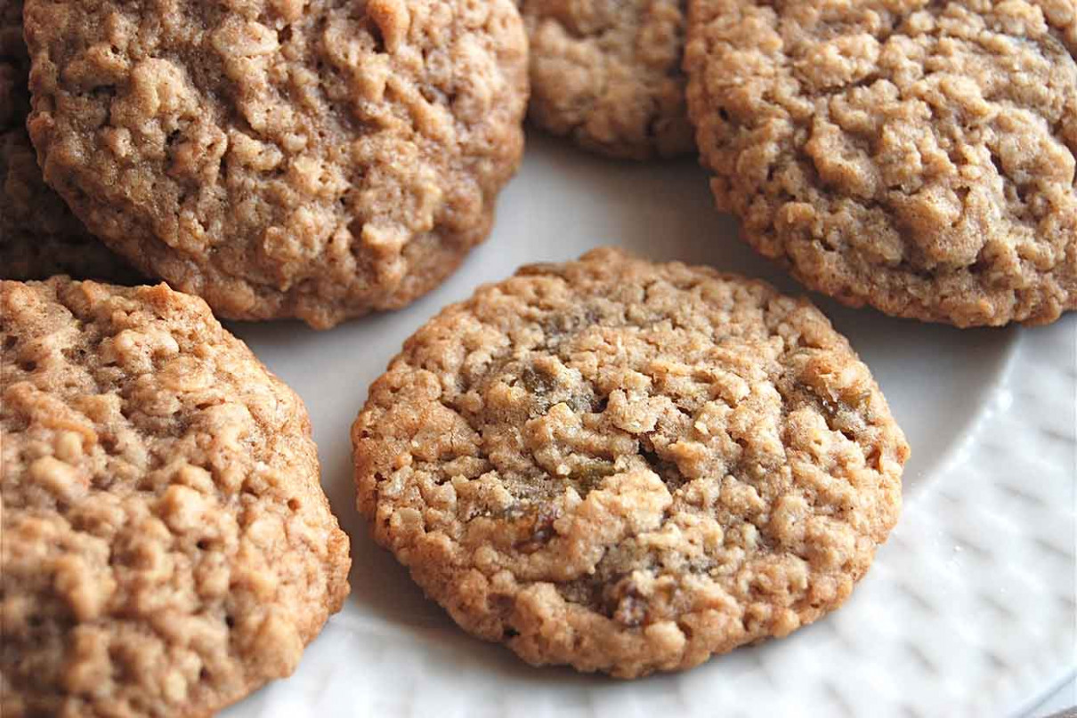 Soft and Chewy Oatmeal-Raisin Cookies Recipe | King Arthur ...