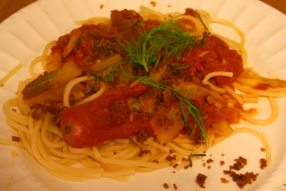 Spaghetti with Salami, Fennel and Tomatoes