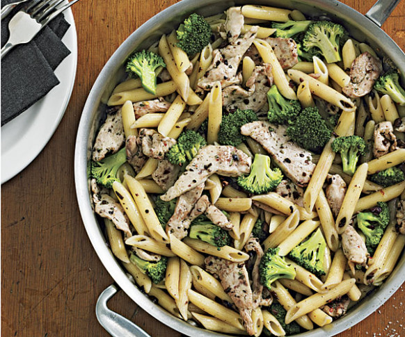 Spicy Penne Tossed with Chicken, Broccoli and Chopped ...