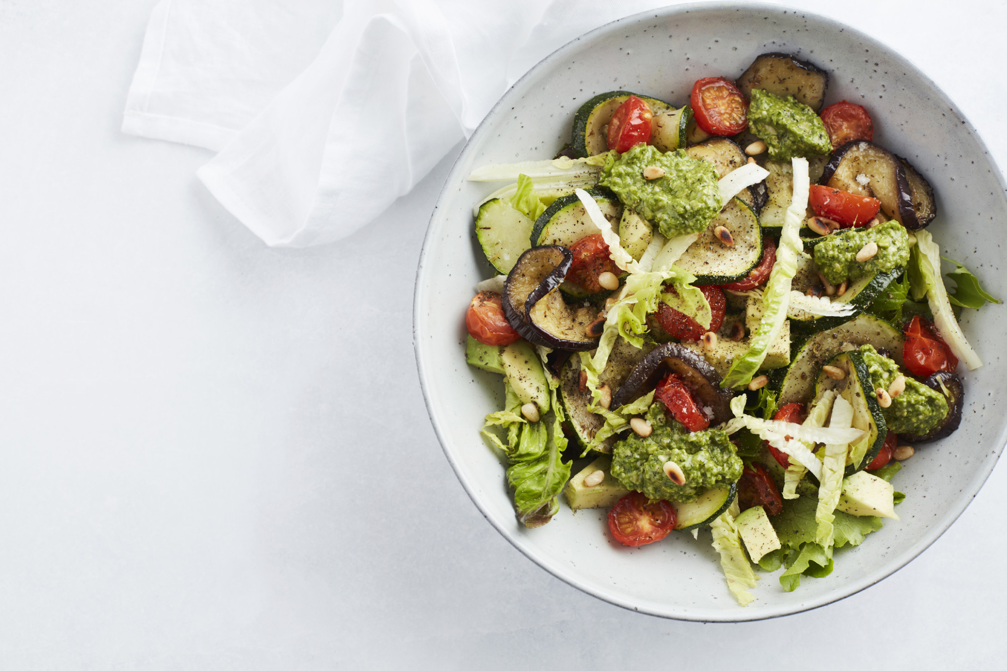 Start to Keto: Grilled vegetable salad with pesto (Low Carb ...