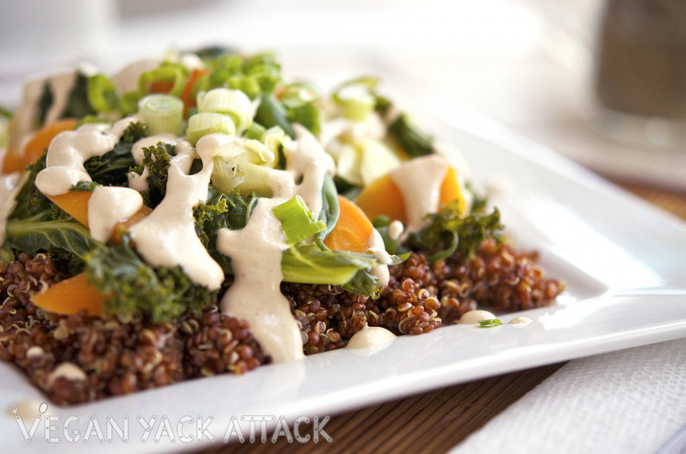 Steamed Veggies with Quinoa & Sesame Ginger Dressing